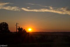 Coucher de soleil sur la campagne. (Crilion43) Tags: france vreaux divers coucherdesoleil centre herbe paysage canon nuages cher arbres ciel nature rflex