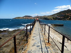 Collioure (thrseMarie B) Tags: mer france perspective cote collioure ville sud