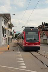 ASM Aare - Seeland - Mobil Triebwagen Be 4/8 115 mit Taufname Neptun ( STAR - Schmalspur Triebzug fr Attraktiven Regionalverkehr der Firma Stadler Rail - Inbetriebnahme 2011 ) unterwegs bei Solothurn im Kanton Solothurn der Schweiz (chrchr_75) Tags: city by train schweiz switzerland suisse suiza swiss eisenbahn zug ciudad mai stadt sua christoph  svizzera bahn treno schweizer ville solothurn soleure stad sveits citt rbs sviss asm zwitserland sveitsi suissa 2015  chrigu szwajcaria schmalspur kantonsolothurn  bahnen barockstadt schnste soletta chrchr soloturn hurni chrchr75 chriguhurni meterspur  stadtsolothurn salodurum albumbahnenderschweiz chriguhurnibluemailch albumstadtsolothurn albumrbsregionalverkehrbernsolothurn albumbahnasmaareseelandmobil hurni150523 albumzzzz150523wanderungsolothurnermegalithweg albumzzz201505mai albumregionsolothurnhochformat