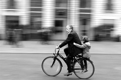 2015_03_22-H11_40_17-N3248_NB (HelpyLP) Tags: white black bike speed granddaddy