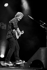 Ed Sheeran (manncenter) Tags: philadelphia photography unitedstates guitar x pa singer acoustic philly fans venue songwriter soldout fairmountpark xtour themanncenter edsheeran derekbrad littlemartinlx1e