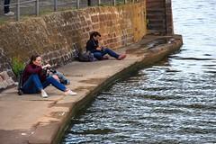 """Mit den """"Naturgewalten"""" auf Tuchfhlung (S. Ruehlow) Tags: westhafen kaimole mole kai hafen frankfurt gutleutviertel gutleut"""