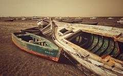 Boats... (hobbit68) Tags: beach sky wolken clouds himmel sommer hafen ozean andalucia boats outdoor sonne old strand canon boote port wasser sonnenschein alt espana spanien urlaub ufer verfallen meer