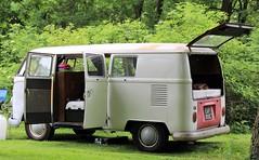 EAP 851C (Nivek.Old.Gold) Tags: 1965 volkswagen camper 1492cc splitscreen