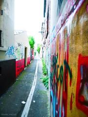 rull p mr ! (Nada_and_Co) Tags: dessin taggue couleurs arcenciel aventure montreuil paris art