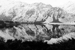 Moke Lake (Lathkill96) Tags: mokelake mokelakequeenstown queenstown southisland newzealand snow mountains mountainlake reflection reflections winter winterphotography contrast bw blackwhite