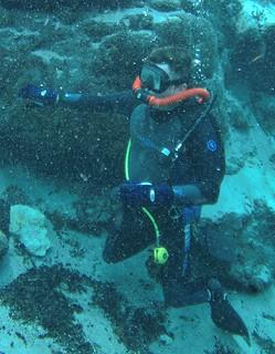 Double hose vintage diver.