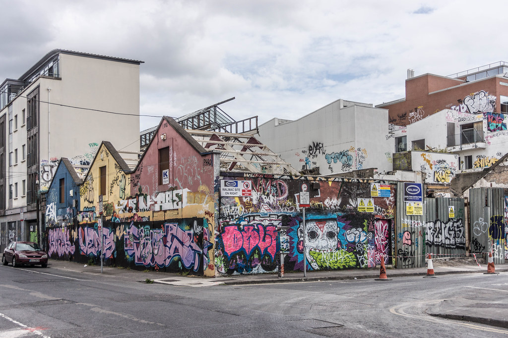 ACROSS THE STREET FROM THE DEMOLISHED WINDMILL LANE RECORDING STUDIOS  REF-104875