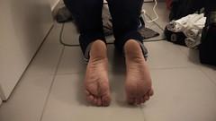 Dirty feet! (Vents du Nord) Tags: dirtyfeet dirtysoles feet soles pieds