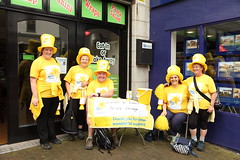 Taking a rest. (Barry Miller _ Bazz) Tags: sponsor walk canon 5d mark2 widnes cancer yellow marie curie raise mooney