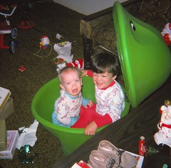 Christmas 1974 (Stabbur's Master) Tags: christmas christmasgifts littletikesfrogtoybox frogtoybox