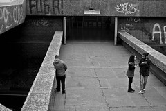 Santiago de Chile. (Alejandro Bonilla) Tags: santiago urban blackandwhite bw blancoynegro sam minolta sony streetphotography bn u urbana urbano santiagodechile urbe urbex santiagochile santiagocentro santiaguinos manuelvenegas