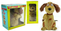 Buttons the Pup (toytent) Tags: buttons toydog mechanicaldog toypuppy louismarx vintagetoy winduptoy dog toytent5482 toytentcom vintagetoysforsale