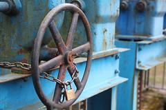 Valve (sehender1979) Tags: urban canon germany lens lost eos rust place lock saxony rad sigma chain valve sachsen 1750 exploration rost chemnitz ventil 1750mm 60d sigma1750mmf28exdcoshsm sigma1750mmf128