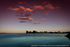 20160715-085A8121.jpg (Vaughan Weather) Tags: toronto shoreline landscape shore density 5dsr ontario graduated lake park neutral red canada ca
