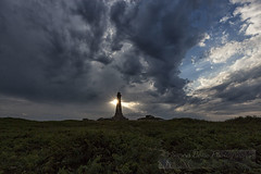 The monument (Simon Bone Photography) Tags: carnbrea clouds cloudscape stormy sunray sunrays bassetmonument weather change atmospheric