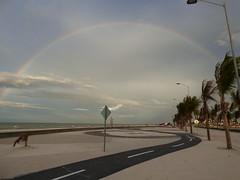 (dianahoy31) Tags: sky rainbow arcoiris beach