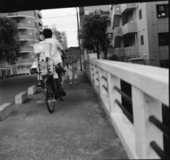 160619_ZenzaBronicaS2_012 (Matsui Hiroyuki) Tags: fujifilmneopan100acros zenzabronicas2 nikonnikkorp75mmf28 epsongtx8203200dpi