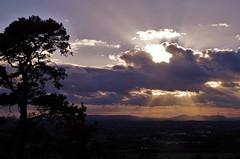 Sun behind coulds (Sundornvic) Tags: sunset sun shine rays light shropshire