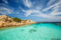 Dans les eaux de la maddalena (Chronique d'un chasseur d'images) Tags: maddalena archipeldelamaddalena sardaigne sardegna archipel sea italie italy italia