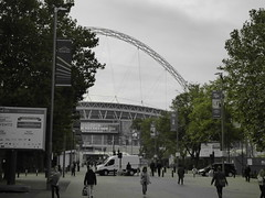 Wembley (davidntaylor1968) Tags: tree largegroupofpeople builtstructure architecture city buildingexterior citylife leisureactivity sky person day amusementpark tourism enjoyment outdoors vacations football photography showcaseseptember pedestrianwalkway