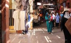 (claudiophoto) Tags: sun morocco marocco luce bazar kasbah suq raggidiluce mercatocoperto