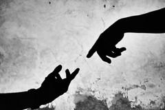 Ombre conosciute (camillazali) Tags: nikon bw hands like michelangelo