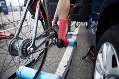 Red Hook Crit London 2016 Cycling Criterium Even Greenwich Peninsula (Fabrizio Malisan Photography @fabulouSport) Tags: tacxrollers tacx rollers singlespeed cyclist ciclista scarpeciclismo bikeshoes cyclingsocks bikesocks socks girocyclingshoes giroshoes girocycling 09july2016 9july2016 bici bicycles bikerace ciclismo cycling cyclingevent cyclingevents cyclingrace event fabriziomalisanphotography fixedgear fixedgearbicycles fixedgearbikes fixie fixiebikes greenwich greenwichpeninsula london london2016 londra o2 pignonfixe rhc rhcl2 redhook redhookcrit redhookcritlondon redhookcritlondon2016 redhookcriterium redhookcriteriumlondon redhookcriteriumlondon2016 scattofisso uk velo veo fabulousport giro empire shoes single speed scarpe da