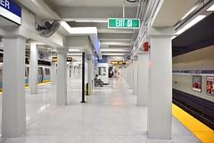 DSC_1445 (billonthehill2001) Tags: boston subway mbta governmentcenter greenline blueline