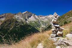 Cairn (joxelu.) Tags: pirineos huesca cairn alpino