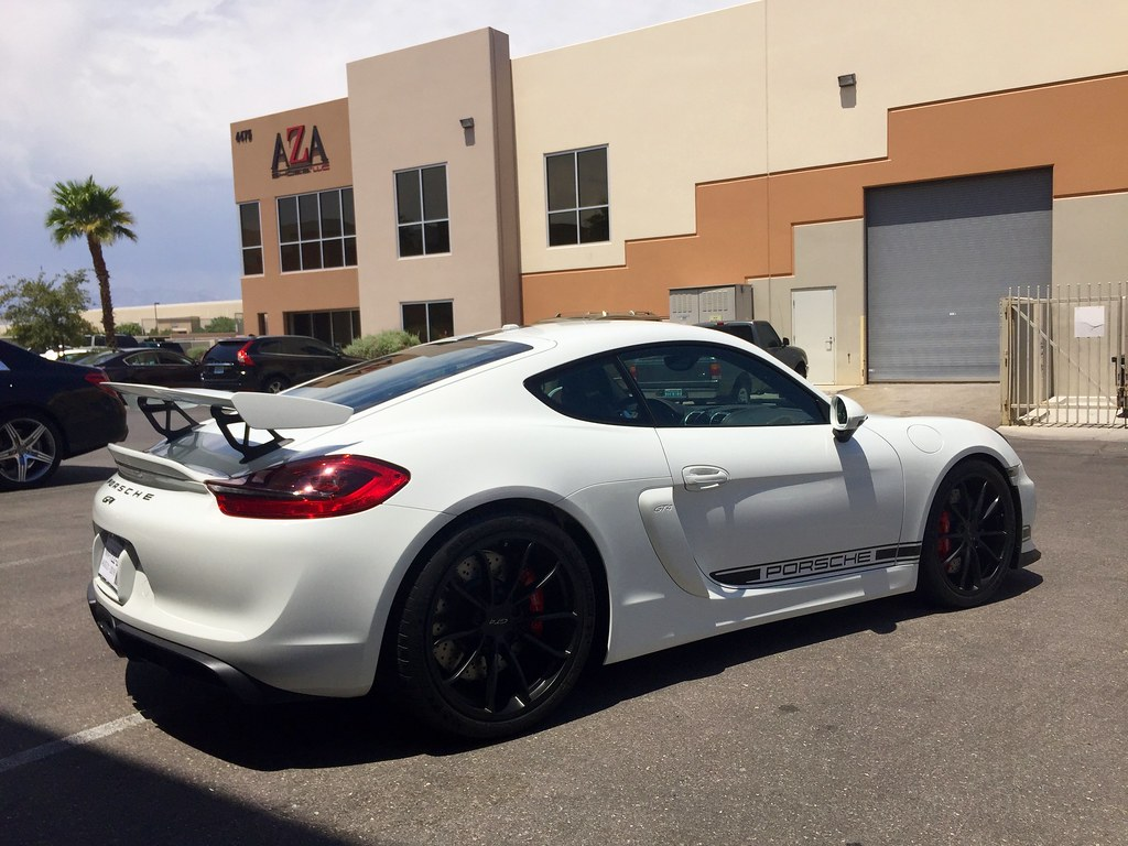 2016 Porsche Cayman Gt4 Center Racing Stripe And Door