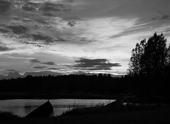 Sunset (markorsr) Tags: 2016 85min kodaktrix400 m645 mamiyam645 n5 pullprocess boat lake finland bw cove waterfront