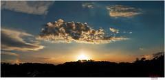hazy sunset with two sun-dogs (Lutz Koch) Tags: sundog nebensonne sonnenuntergang abends abend evening mocksuns parhelia parhelion halo lichteffekt lichtflecke himmel sky elkaypics lutzkoch idstein taunus hessen germany hesse deutschland sunset sundown sun sonne