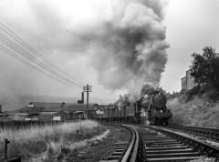 Clanking Past (Kingmoor Klickr) Tags: 90711 90733 worthvalley keighleyworthvalleyrailway keighley wd steam railway heritage