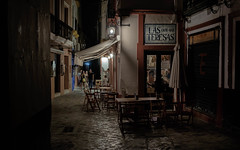 Caf - Bar Las Teresas (fruizh) Tags: sevilla nocturna 2016 callejeando barriodesantacruz bar fruizh