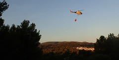 forrest fire helicopter (edlondon27) Tags: menorca forestfire spain europe balearics