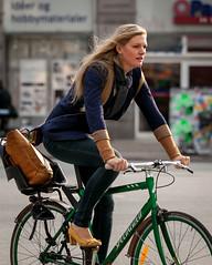 Copenhagen Bikehaven by Mellbin - Bike Cycle Bicycle - 2015 - 0243 (Franz-Michael S. Mellbin) Tags: street people fashion bike bicycle copenhagen denmark cyclist places bicicleta cycle biking bici velo fahrrad vlo kbenhavn sykkel fiets rower cykel bicicletta accessorize biciclettes cyclechic cycleculture kbenhavncity copenhagencyclechic cyklisme copenhagenize capitalregionofdenmark bikehaven copenhagenbikehaven velofashion copenhagencycleculture