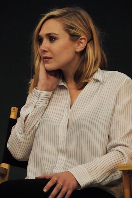 Elizabeth Olsen x Apple Store