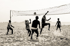 Beach Volleyball (tanyenzen) Tags: park white black beach sports ball fun coast sand singapore east volleyball split tone toning