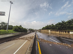 #HoustonFlood 05-26-2015 | 050 (@iseenit_RubenS | R.Serrano Photography) Tags: news cars weather texas underwater flood main north houston 45 freeway floods houstontx 2015 houstonflood texasfloods texasflood houstonflood2015