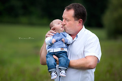 Big kiss for daddy (foto.evines) Tags: family boy baby man love childhood kids children daddy outdoors happy kid kiss dad child candid young happiness newborn closeness evinescz evinesczfamily