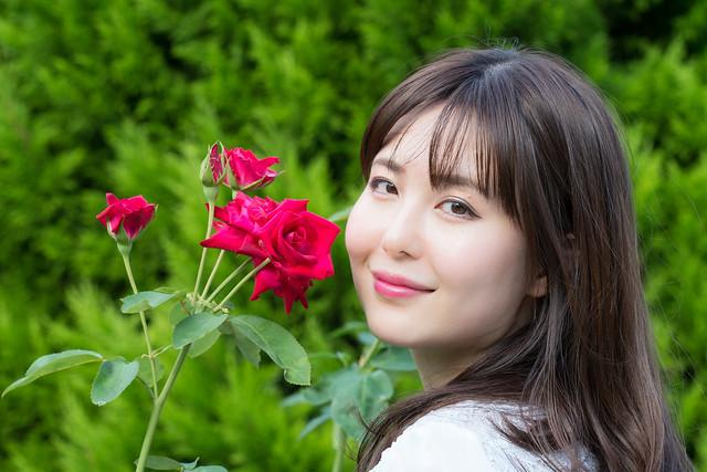 バラ色の唇 02
