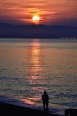 Ad un passo... (lefotodiannae) Tags: lefotodiannae alba ligure liguria colori mare sole uomo