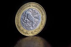 MXN $20 Pesos (ruimc77) Tags: nikon d810 sigma 105mm f28 ex dg os hsm macro 11 mxn 20 mexican pesos mexicanos rare coin modena rara currency close up