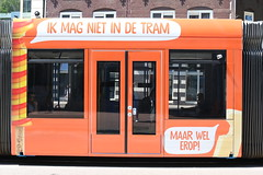 Lijn 1 -> Centraal Station (AMSfreak17) Tags: amsfreak17 danny de soet canon 70d gvb gemeentelijk vervoerbedrijf amsterdam amsterdamse tram world of trams ov openbaar vervoer public traffic transport transportation nederland the netherlands dutch railway holland strassenbahn stadsvervoer light rail service 13g 14g siemens combino commercialtram nieuwezijds voorburgwal 2094 reclame advertising ola ice cream