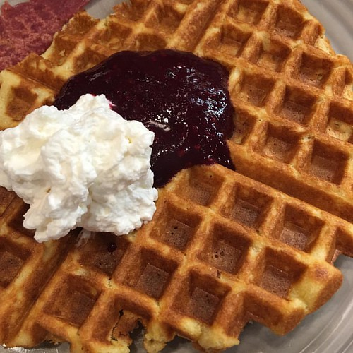 #grainfree waffles with berry sauce and fresh whipped cream...#nosugaradded #glutenfree #cooking #personalchef