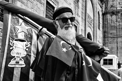 Flag selller 7/52 (mehmetacik) Tags: world life street portrait people bw nature project turkey photography hope landscapes photo blackwhite nikon time uncle flag year türkiye istanbul moment seller sb hayat sokak d300 eminönü fotoğraf siyahbeyaz 52week