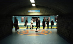 (direction) snowdon (khoa_sus2) Tags: leica miniii pointandshoot compactcamera film 35mm elmar jeantalon metrostation directionsnowdon stm underground streetphotography fiance transit subway agfa vista fuji