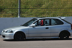 Yas' Civic (Ajay Parmar2013) Tags: race speed honda way momo day projectors fast spoon jordan angels civic carbon skunk s2k jap b18 jdm aero nsx k20 sparco preface trackday d14 ae86 fibre recaro rockingham facelift vtec mimms b16 buddyclub ek9 k24 ej9 b18c4 6two1 stancedaily boltbolts