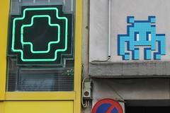 Invader_8562 Paris 15 (meuh1246) Tags: invader spaceinvaders mosaque ruedelarrive paris15 streetart paris